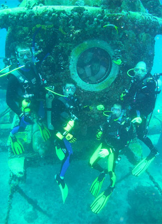 NEEMO 14 - Chris A. Hadfield - Thomas H. Marshburn Neemo111
