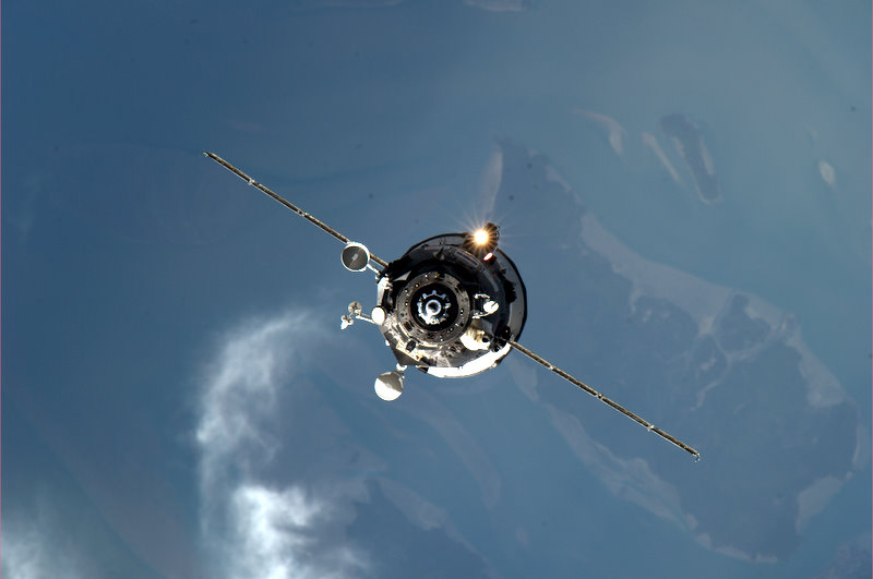 ISS : Amarrage de Progress M-05M le 1er mai 2010 - Page 3 Progre10