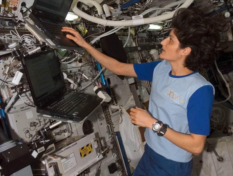 La science à bord de l'ISS - Page 6 Redim107