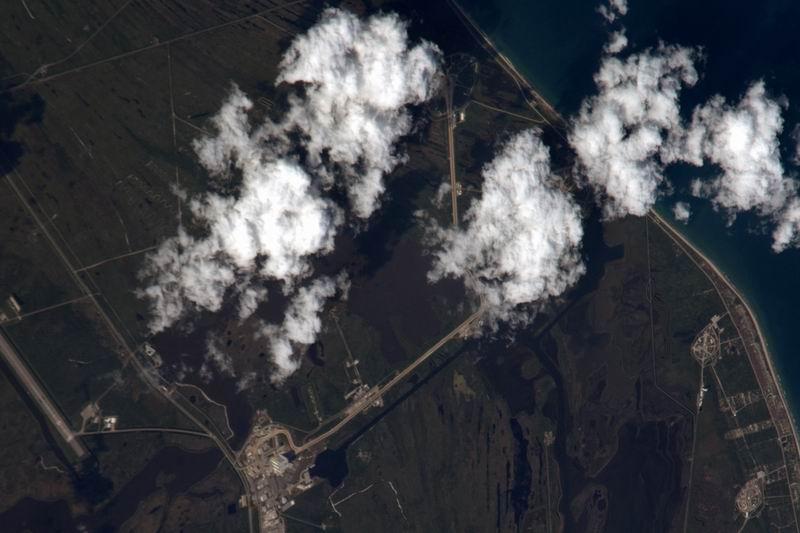 [STS-132] Atlantis : fil dédié au lancement. (14/05/2010 à 20h19) - Page 4 Redim109