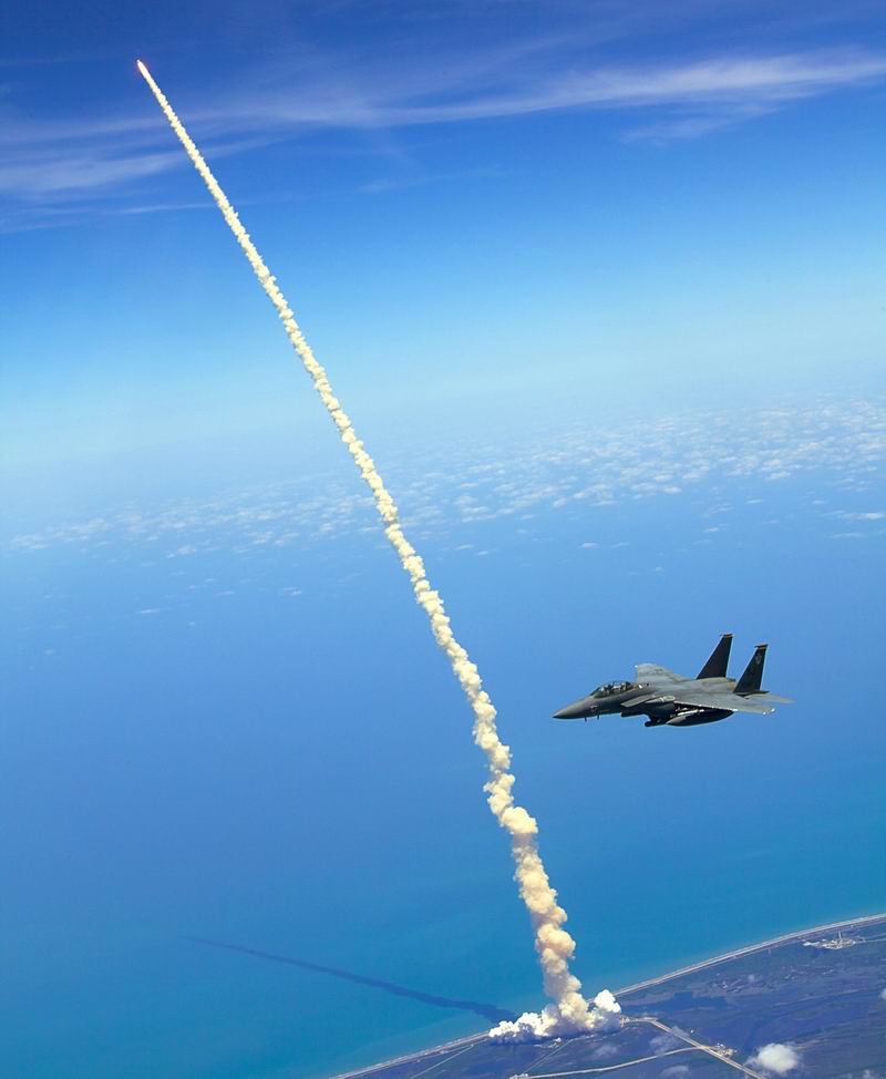 [STS-132] Atlantis : fil dédié au lancement. (14/05/2010 à 20h19) - Page 16 Redim122