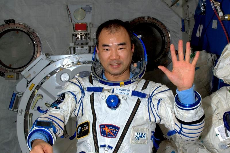 Japon : annonce d'un mission longue durée pour Soichi Noguchi en 2009 - Page 2 Redim153