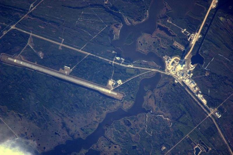 [STS-130] Endeavour : retour sur terre 3h20 GMT le 22/02/201 - Page 8 Redime37
