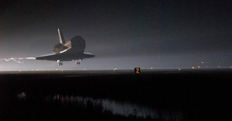 [STS-130] Endeavour : retour sur terre 3h20 GMT le 22/02/201 - Page 9 Redime38