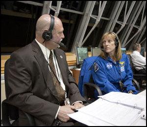 [STS-131 /ISS19A] Discovery fil dédié au lancement (05/04/2010) - Page 19 Sts13110