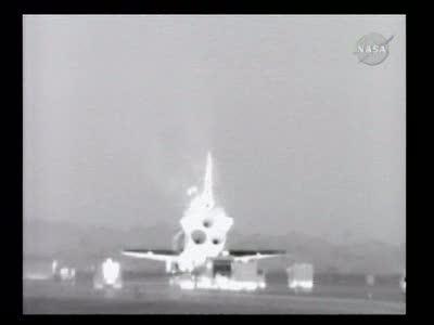 [STS-130] Endeavour : retour sur terre 3h20 GMT le 22/02/201 - Page 8 Vlcsn275