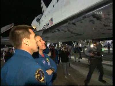[STS-130] Endeavour : retour sur terre 3h20 GMT le 22/02/201 - Page 8 Vlcsn296