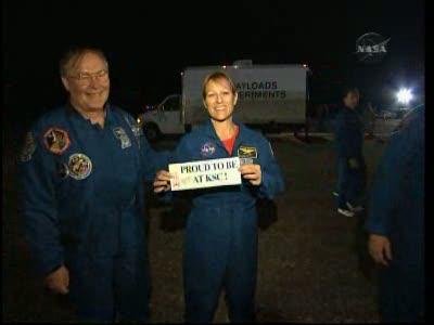[STS-130] Endeavour : retour sur terre 3h20 GMT le 22/02/201 - Page 8 Vlcsn299