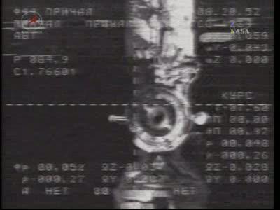 ISS : Amarrage de Soyouz TMA-18 le 4 avril 2010 Vlcsn419