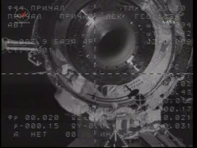 ISS : Amarrage de Soyouz TMA-18 le 4 avril 2010 Vlcsn426