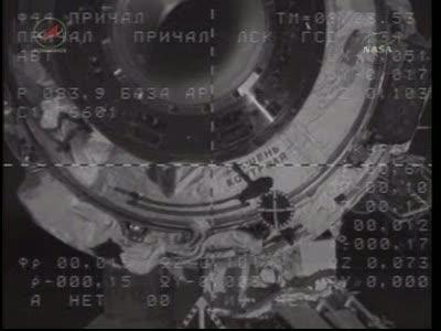 ISS : Amarrage de Soyouz TMA-18 le 4 avril 2010 Vlcsn431
