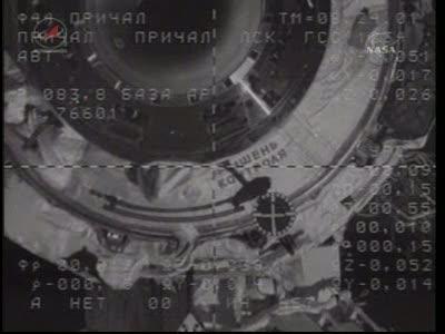 ISS : Amarrage de Soyouz TMA-18 le 4 avril 2010 Vlcsn433