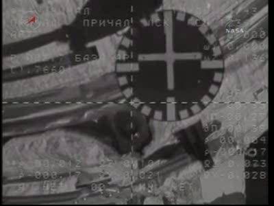 ISS : Amarrage de Soyouz TMA-18 le 4 avril 2010 Vlcsn444