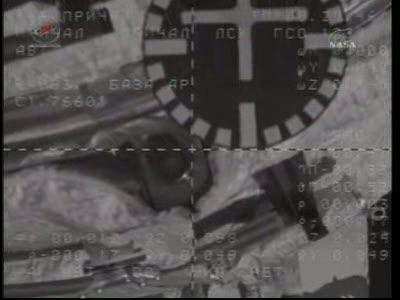 ISS : Amarrage de Soyouz TMA-18 le 4 avril 2010 Vlcsn445