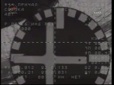 ISS : Amarrage de Soyouz TMA-18 le 4 avril 2010 Vlcsn450