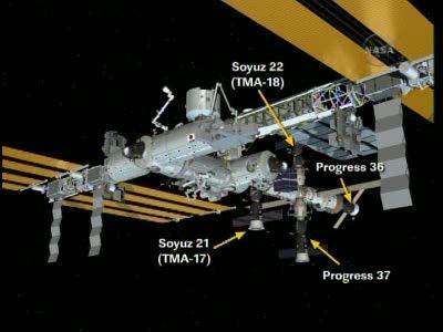 ISS : Amarrage de Progress M-05M le 1er mai 2010 Vlcsn642