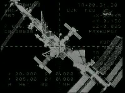 [Expédition 23] Transfert de Soyouz TMA-17 de Zaria à Zvezda Vlcsn663