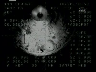 [Expédition 23] Transfert de Soyouz TMA-17 de Zaria à Zvezda Vlcsn667