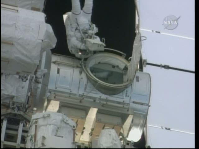 [STS-130] Endeavour : fil dédié au suivi de l'EVA#2 Behnken and Patrick Vlcsna28