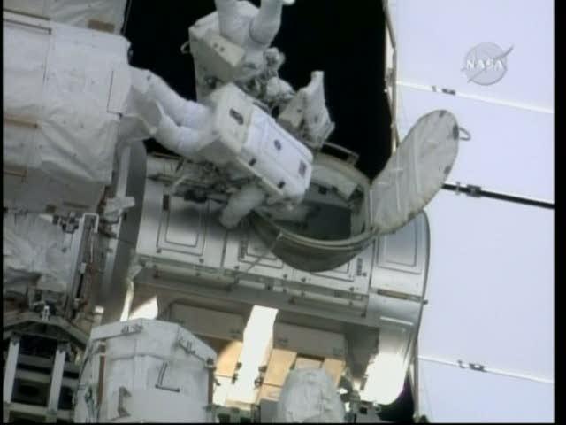[STS-130] Endeavour : fil dédié au suivi de l'EVA#2 Behnken and Patrick Vlcsna29