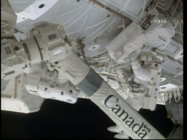 [STS-130] Endeavour : fil dédié au suivi de l'EVA#2 Behnken and Patrick Vlcsna32
