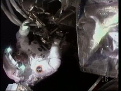[STS-130] Endeavour : fil dédié au suivi de l'EVA#2 Behnken and Patrick - Page 2 Vlcsna59
