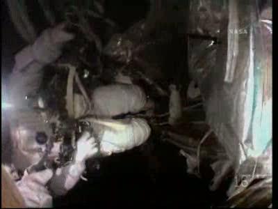 [STS-130] Endeavour : fil dédié au suivi de l'EVA#2 Behnken and Patrick - Page 2 Vlcsna60