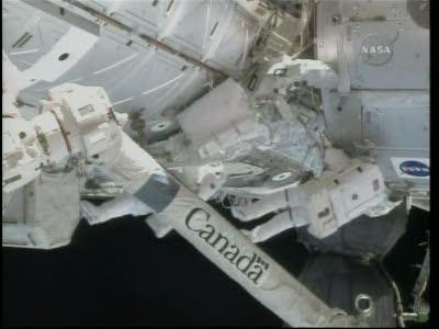 [STS-130] Endeavour : fil dédié au suivi de l'EVA#2 Behnken and Patrick - Page 2 Vlcsna63