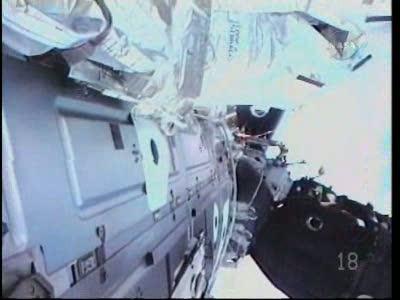 [STS-130] Endeavour : fil dédié au suivi de l'EVA#2 Behnken and Patrick - Page 2 Vlcsna67
