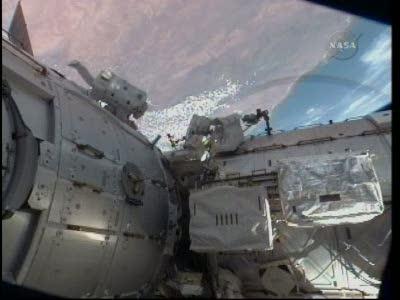 [STS-130] Endeavour : fil dédié au suivi de l'EVA#2 Behnken and Patrick - Page 2 Vlcsna68