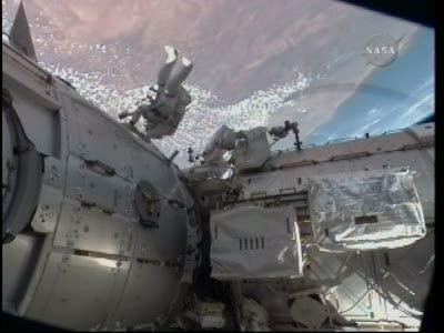 [STS-130] Endeavour : fil dédié au suivi de l'EVA#2 Behnken and Patrick - Page 2 Vlcsna69