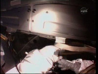 [STS-130] Endeavour : fil dédié au suivi de l'EVA#2 Behnken and Patrick - Page 2 Vlcsna71