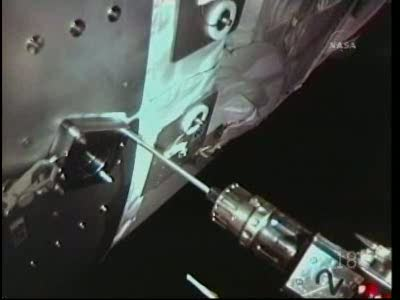 [STS-130] Endeavour : fil dédié au suivi de l'EVA#2 Behnken and Patrick - Page 2 Vlcsna73