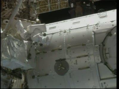 [STS-130] Endeavour : fil dédié au suivi de l'EVA#2 Behnken and Patrick - Page 2 Vlcsna76