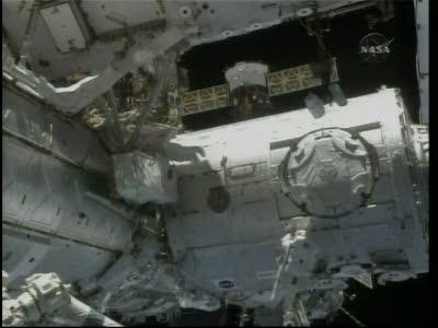 [STS-130] Endeavour : fil dédié au suivi de l'EVA#2 Behnken and Patrick - Page 2 Vlcsna79