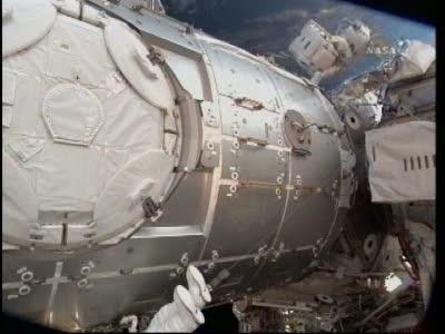 [STS-130] Endeavour : fil dédié au suivi de l'EVA#2 Behnken and Patrick - Page 2 Vlcsna86