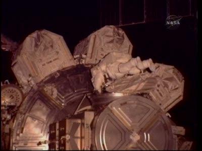 [STS-130] Endeavour : fil dédié au suivi de l'EVA#2 Behnken and Patrick - Page 2 Vlcsna91