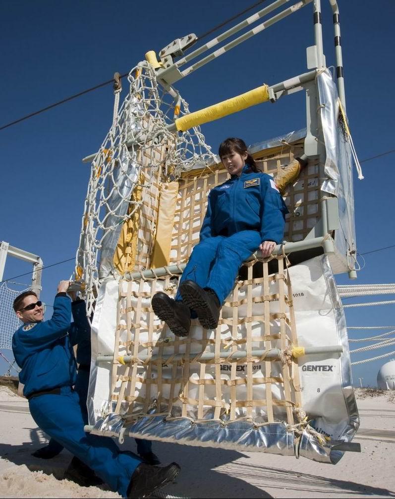 [STS-131] Discovery : préparatifs - Page 4 Yama10