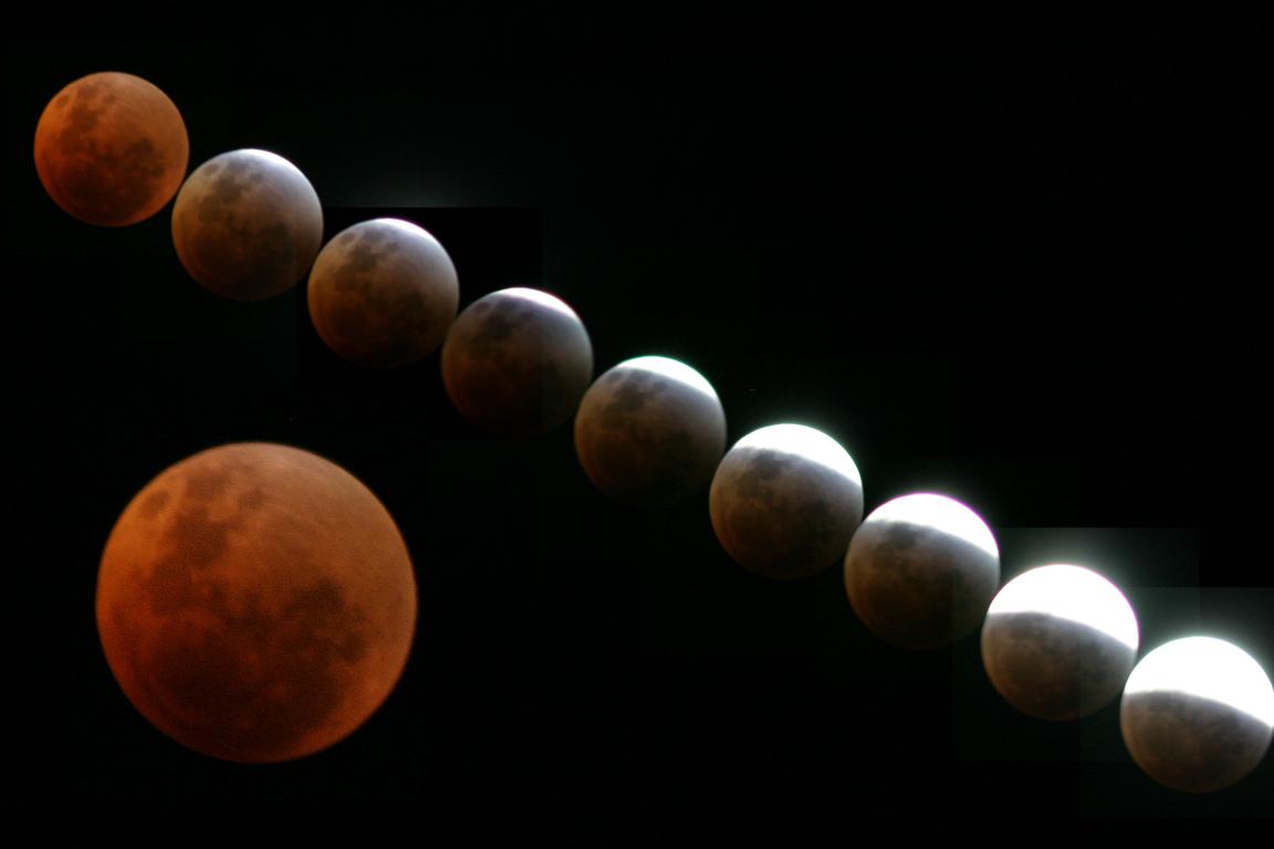 Hope you were looking... Lunar_10