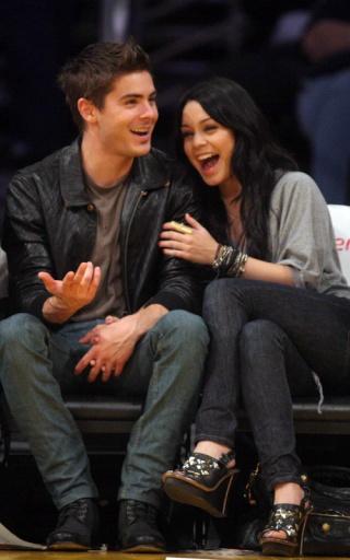 Zac Efron and Vanessa Hudgens: Lakers Lovers 137
