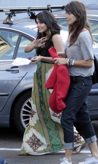 Vanessa Hudgens Out And About In Hollywood 1616