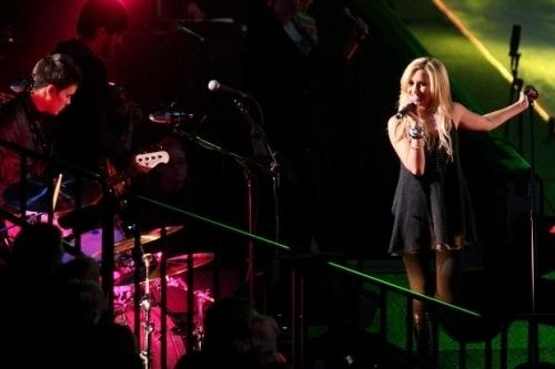 """""""MASQUERADE"""" LIVE 2009-p10"""