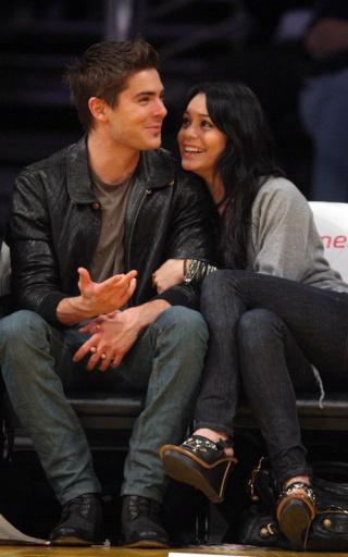 Zac Efron and Vanessa Hudgens: Lakers Lovers 237