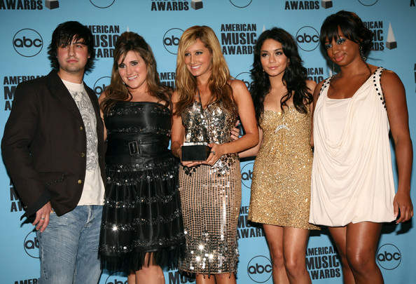 2007 American Music Awards - Show - Page 4 3411