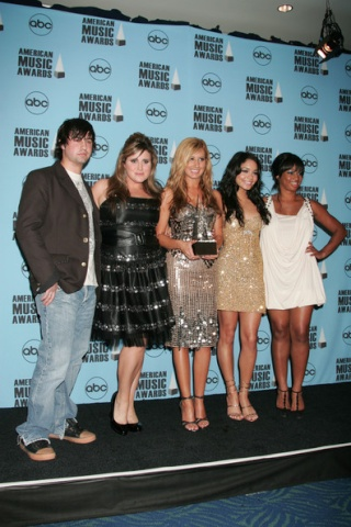 2007 American Music Awards - Show - Page 4 4410