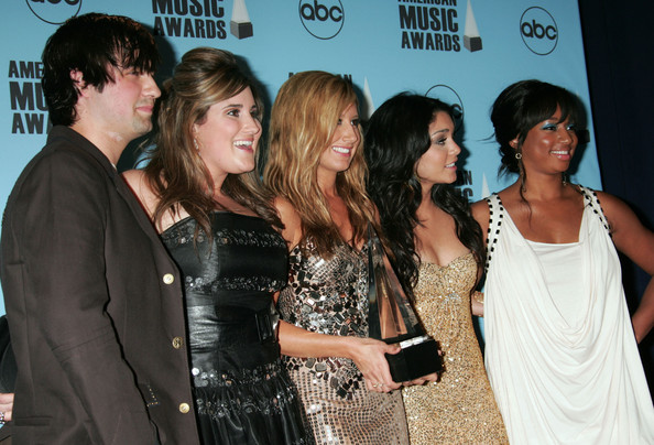 2007 American Music Awards - Show - Page 4 4710