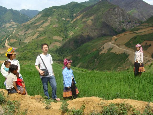 HMOOB CATHOLIC NYOB COB TSIB TEB (Hmong Catholic Vietnam) Dsc01311