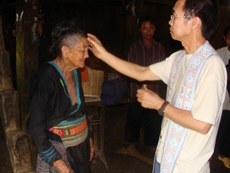 HMOOB CATHOLIC NYOB COB TSIB TEB (Hmong Catholic Vietnam) Dsc01313