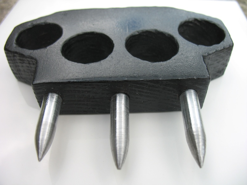 Steel Spiked Knuckle Duster Img_0224