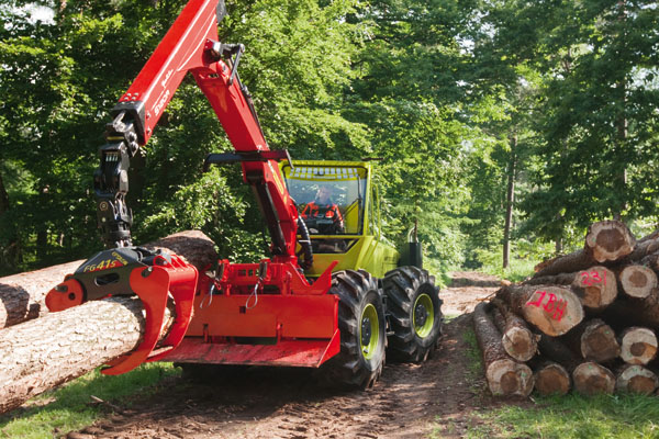 prix de l innovation  forestiere au wf-trac 4x4_zu13